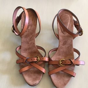 NEVER WORN brown leather strappy sandals